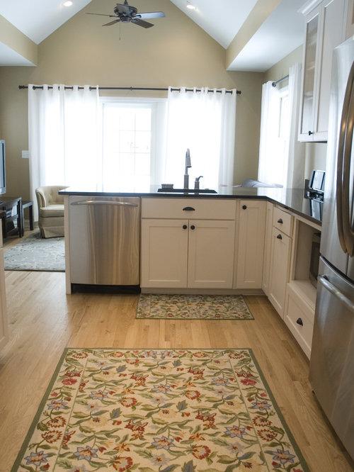 Best quaint cottage kitchen design ideas remodel for Quaint kitchen designs