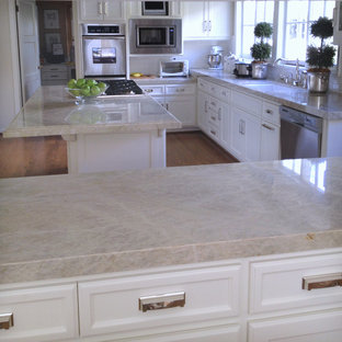 Elegant kitchen photo in Los Angeles