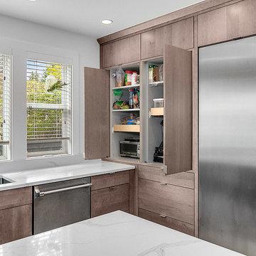 Queen Ann Kitchen/ Living room and Small 3/4 basement bath