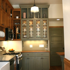 Traditional Kitchen by gordon architecture, inc.