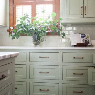 Traditional kitchen ideas - Kitchen - traditional kitchen idea in Austin