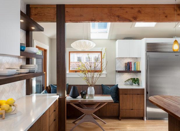 Fresh Midcentury Kitchen by Alinda Morris Interior Design LLC