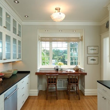 Traditional Kitchen by Prentiss Architects