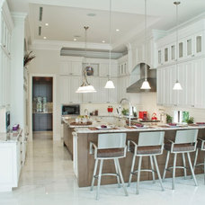 Traditional Kitchen by Hollub Homes