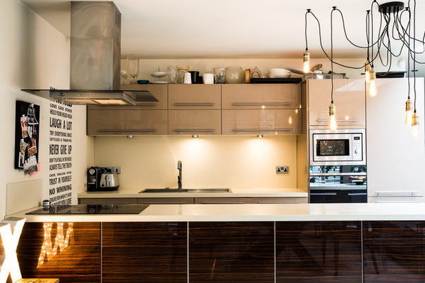 Contemporary Kitchen by Honey Bee Interiors