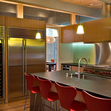 Midcentury Kitchen by Guy Ayers, Architect