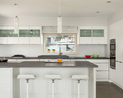 Mid Sized Contemporary Kitchen Design Ideas Remodels Photos