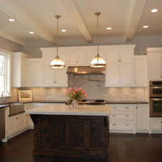 Traditional Kitchen by Craig Ross