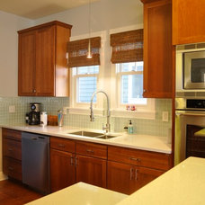 Traditional Kitchen by Red Pepper Design & Cabinetry