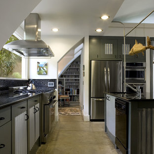 EmailSave. Quonset Hut Kitchen