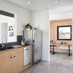 Large Scandinavian Kitchen Inspiration   Inspiration For A Large  Scandinavian Concrete Floor And Gray Floor Kitchen