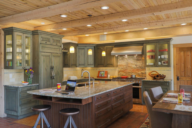 Rustic Kitchen by Aspen White Star, LLC
