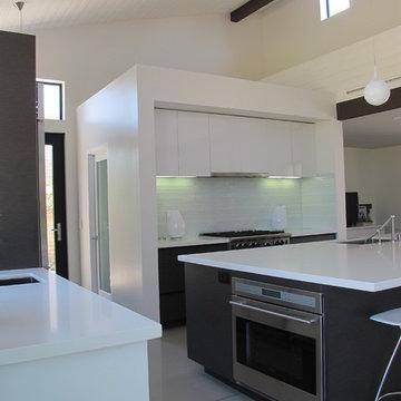 Ranch style turned modern in Mesa Verde, Costa Mesa, California