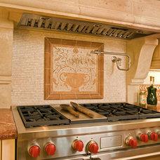 Mediterranean Kitchen by Sennikoff Architects