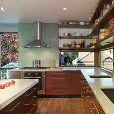 Modern Kitchen by Randall Mars Architects