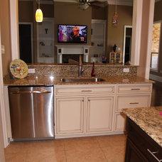 Traditional Kitchen by V.I.P. Kitchens, LLC.