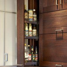 Contemporary Kitchen by Plain & Fancy by Dandamudi's