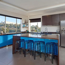 Contemporary Kitchen by Active Exposure Photography