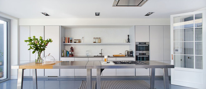 Traditional Kitchen by Ambient Architecture