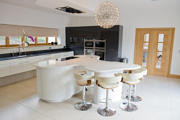 Contemporary Kitchen by Space Fitting Furniture