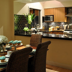 contemporary kitchen by Claudia Leccacorvi