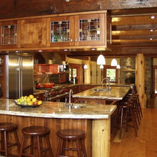 Traditional Kitchen by Kindred Construction Ltd.