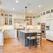 Traditional Kitchen by Ask Amy Interior Design
