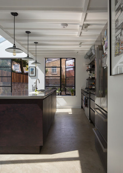 Contemporary Kitchen by Mustard Architects