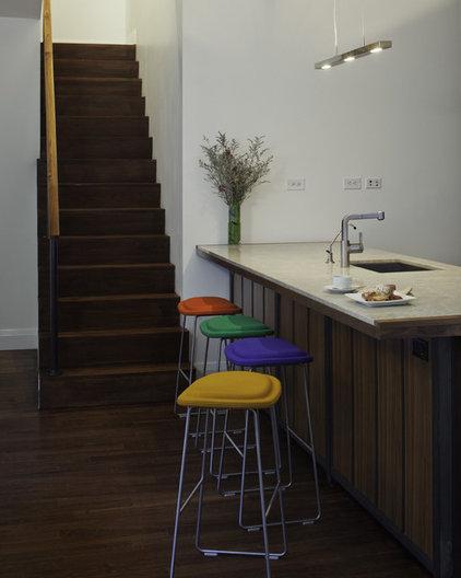 Modern Kitchen by Mabbott Seidel Architecture