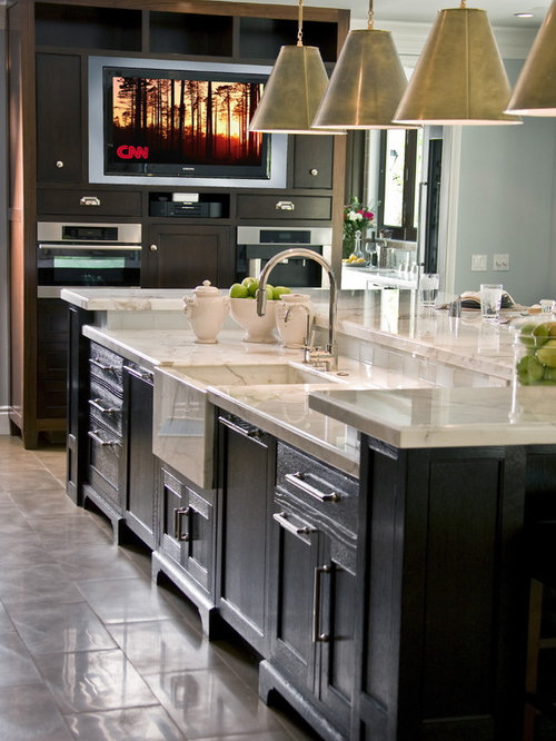 Captivating Traditional Kitchen Idea In Los Angeles With An Integrated Sink Part 14