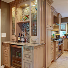 Traditional Kitchen by Oakleigh Interiors