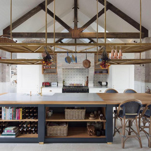 Inspiration for a country kitchen in Wollongong.