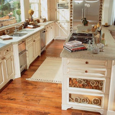 Traditional Kitchen by Warren Christopher Fine Floor Coverings
