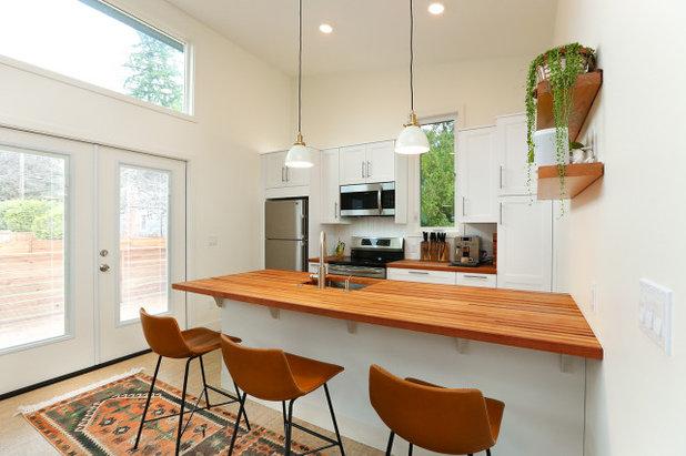 Scandinavian Kitchen by Targa Homes