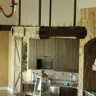 Example of a mountain style kitchen design in Montreal