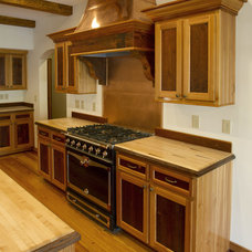 Traditional Kitchen by E. T. Moore Manufacturing, Inc.