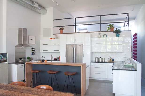 Room of the Day: Custom-Kitchen Look on a Budget