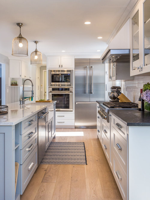 White Subway Tile Backsplash Ideas Houzz - White kitchens with subway tile backsplash