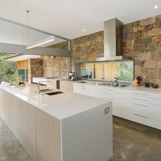 Contemporary Kitchen by Rodrigues Bodycoat Architects
