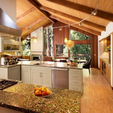 Modern Kitchen by A D Construction - Building & Design
