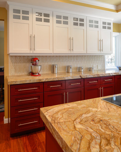 Traditional Kitchen Cabinets by S.E.A. Construction Inc.