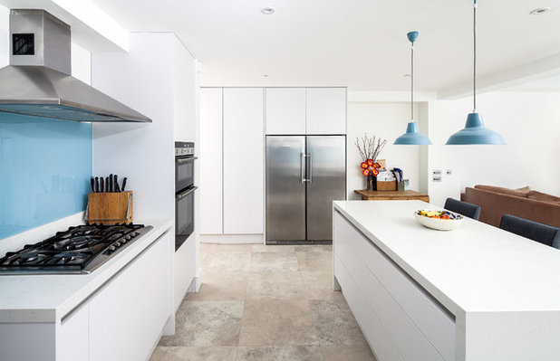 Contemporary Kitchen by Browning Architects Ltd