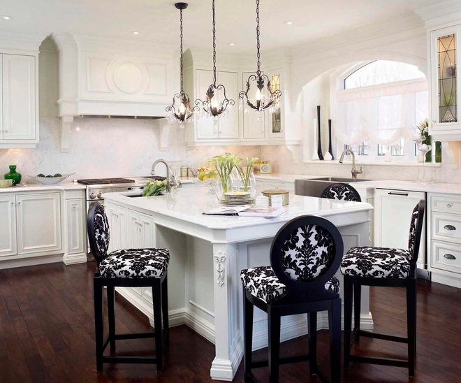 Traditional Kitchen by Regina Sturrock Design Inc.
