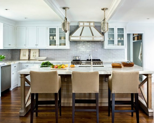 Large Beach Style U Shaped Kitchen Idea In Jacksonville With An Undermount Sink Recessed