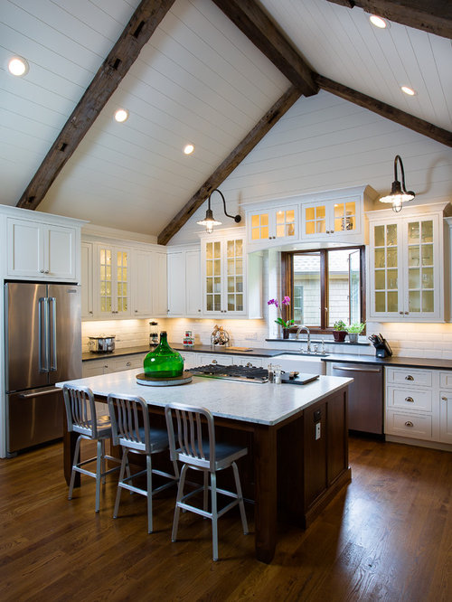 Mid Sized Farmhouse Open Concept Kitchen Designs   Inspiration For A  Mid Sized Farmhouse