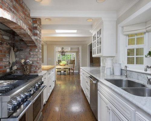 Best Alley Kitchen Design Ideas Amp Remodel Pictures Houzz