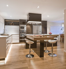 contemporary kitchen by Mal Corboy Design and Cabinets