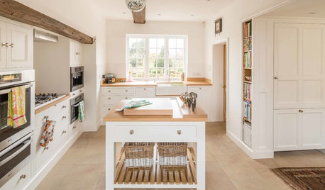 Kitchen of the Week: A Georgian Country Kitchen in Nottinghamshire