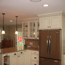 Traditional Kitchen by Ahearn Cabinetry Designs, LLC