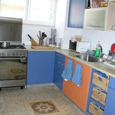 Eclectic Kitchen by tgdye